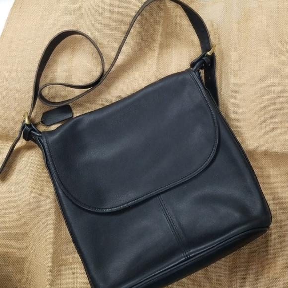 9e38e98e1a24 Coach Handbags - Coach crossbody Whitney